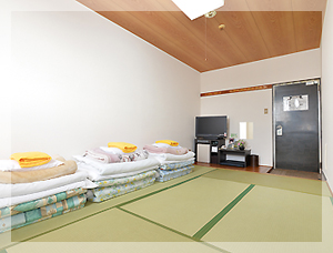 和室10畳 2名〜4名用の和室